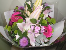 Hand Tied HT004